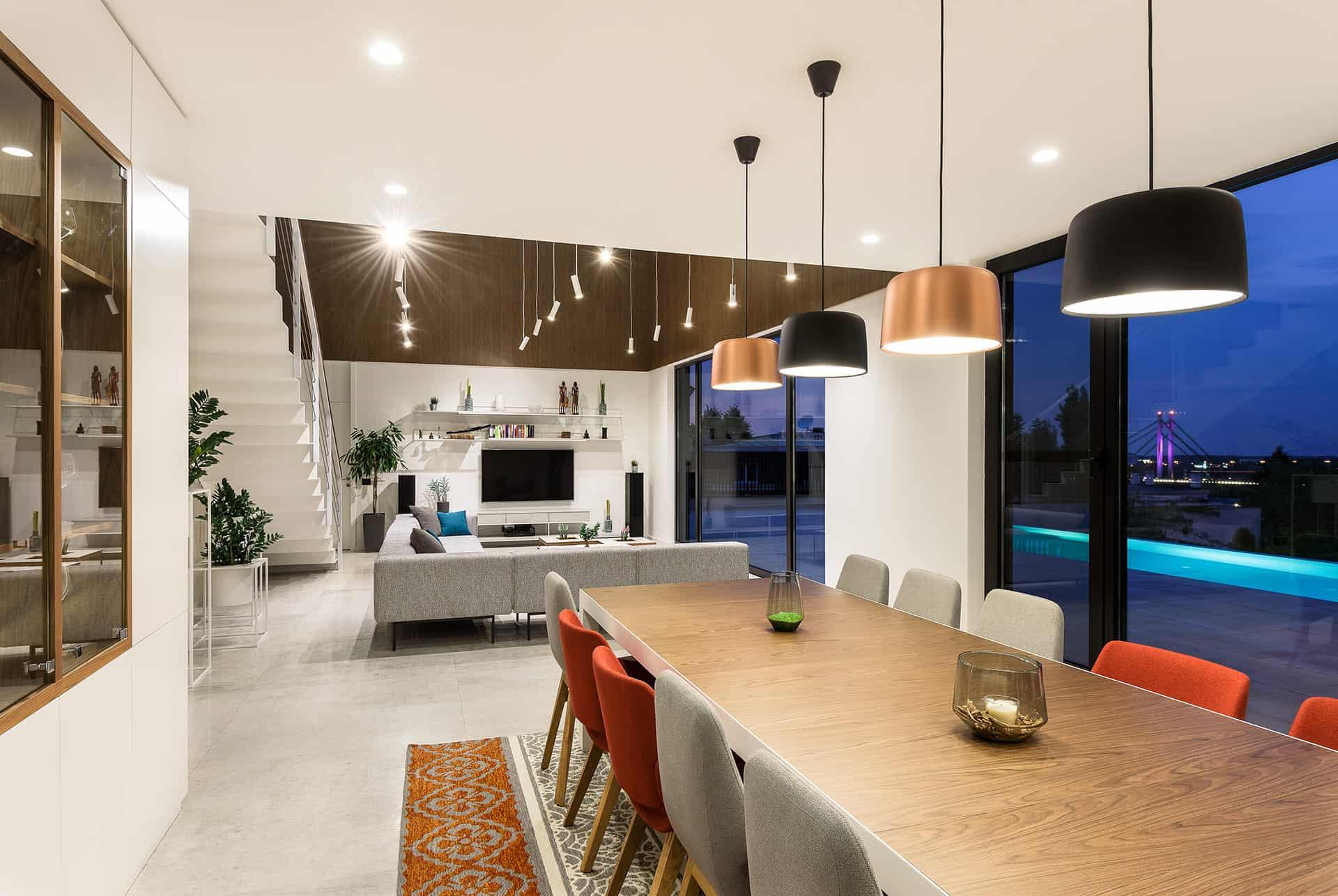 10-dining room